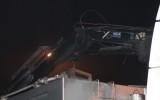 Vrachtwagen ramt viaduct Zomerweg