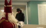 Eerste aflevering Hof van Sint online