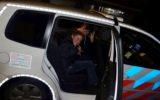 Goorse kinderen op patrouille met de politie