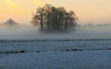 Winters Goor is prachtig en het ijs wordt steeds dikker