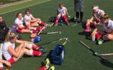 Hockeydames winnen eerste duel