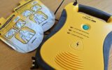 Bijna €400 voor AED's na statiegeldactie