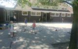 Buitenonderwijs op basisschool Wiene