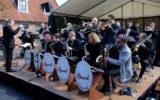 Bigband, Bössels en Wembleys spelen op het Sterplein