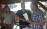Nieuwbakken trainer Hans Dirksen ondertekent contract bij Twenthe