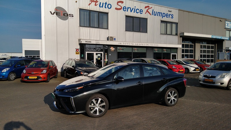 Goor'sNieuws: Het eerste waterstofauto staat in Goor.