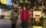 Lichtjes wensboom ontstoken in het centrum van Goor
