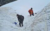 Luchthal ingezakt door sneeuwval