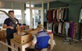 Gratis kledingbank opent weer de deuren